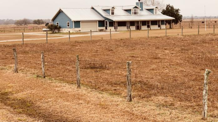 117 Acre Ranch w/Home Wharton County